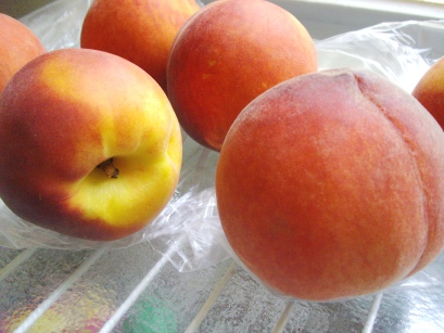peaches ripening on counter
